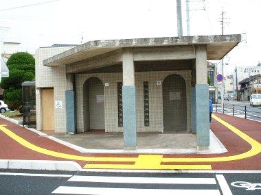公衆トイレ改修施工前